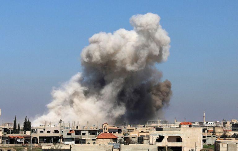 Συνεχίζονται οι αεροπορικές επιδρομές στη Γούτα | tanea.gr