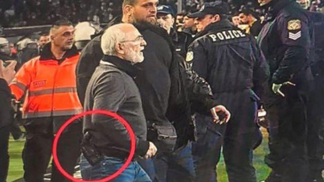 Μόνο η Ελληνική Αστυνομία δεν… είδε το όπλο του Ιβάν Σαββίδη | tanea.gr