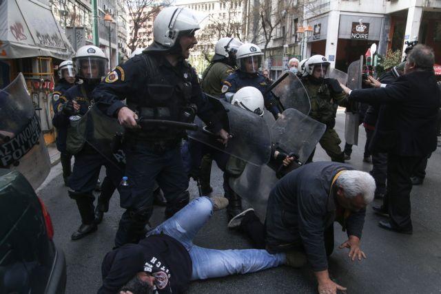Πλειστηριασμοί βίας και συλλήψεων | tanea.gr