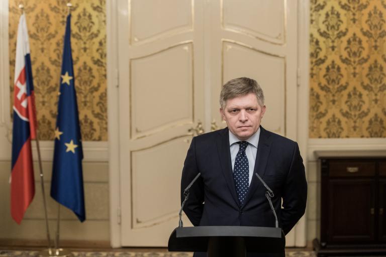 Σλοβακία: Υπό παραίτηση ο πρωθυπουργός Ρ. Φίτσο | tanea.gr