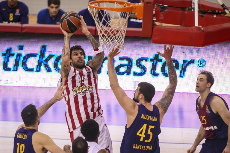 Ευρωλίγκα: Βαριά ήττα του Ολυμπιακού από την Μπαρτσελόνα στο ΣΕΦ | tanea.gr