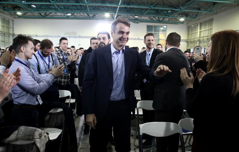 Δεσμεύτηκε για 600.000 θέσεις εργασίας σε τρία χρόνια   tanea.gr