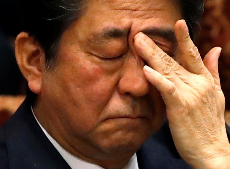 Ιαπωνία: Συγγνώμη από Αμπε για σκάνδαλο που απειλεί την κυβέρνηση | tanea.gr