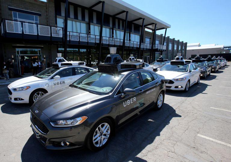 Αυτοκίνητο χωρίς οδηγό της Uber σκότωσε γυναίκα στις ΗΠΑ | tanea.gr