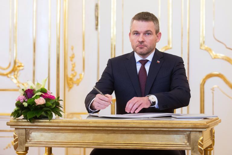 Σλοβακία: Νέα κυβέρνηση με πρωθυπουργό τον Π. Πελεγκρίνι | tanea.gr