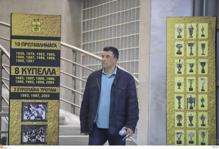 Μπάσκετ- Αρης: Ανακοινώθηκε o Αγγέλου και το «διαζύγιο» με τον Γιαννάκη | tanea.gr