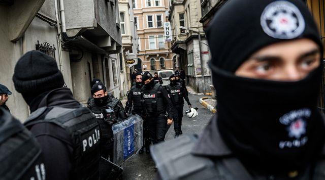 Τουρκία: Σύλληψη Γερμανού που προσπαθούσε να πάει στη Συρία   tanea.gr