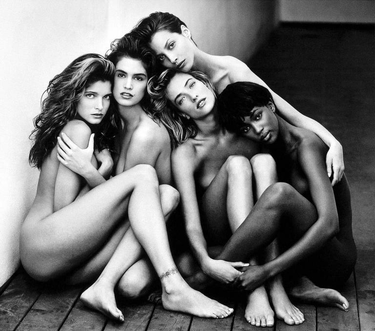 Ο Sotheby's δημοπρατεί τις πιο διάσημες φωτογραφίες μόδας του 20ου αιώνα | tanea.gr