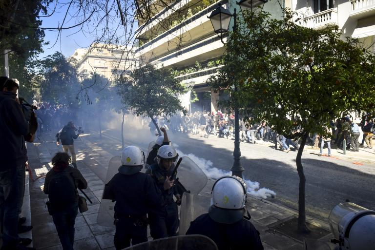 Με επεισόδια ολοκληρώθηκε το συλλαλητήριο | tanea.gr