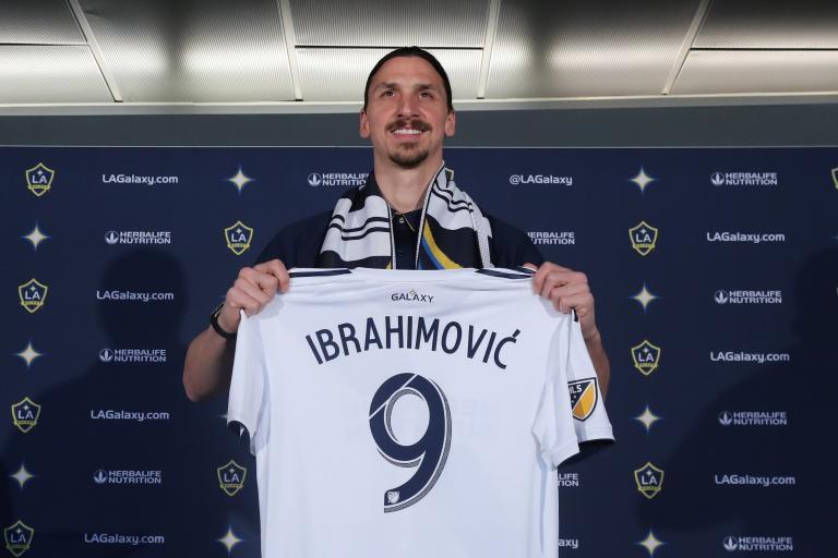 Iμπραΐμοβιτς: «Αισθάνομαι σαν τον Μπέντζαμιν Μπάτον» | tanea.gr