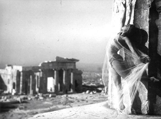 Ο Σταύρος Θεοδωράκης εναντίον ΚΑΣ με φωτογραφία του 1928 | tanea.gr