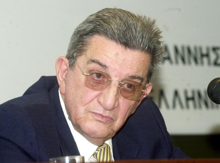 Ο πολιτικός κόσμος αποχαιρετά τον Χρήστο Πασαλάρη | tanea.gr