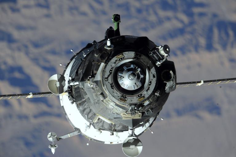 Συνεργασία Ρωσίας-Κίνας για την εξερεύνηση της Σελήνης   tanea.gr