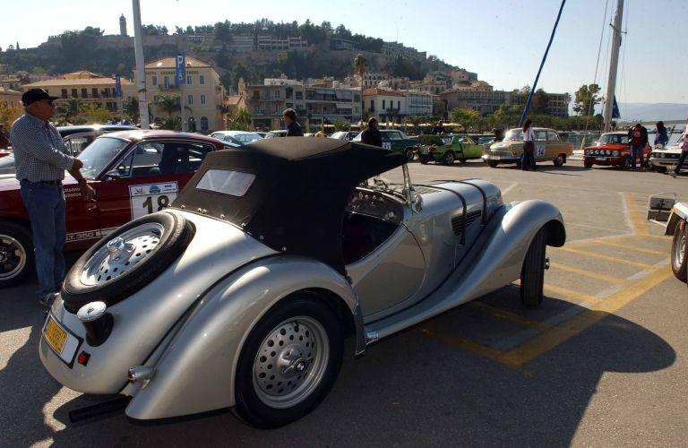 Ράλι με αυτοκίνητα αντίκες στα Χανιά | tanea.gr