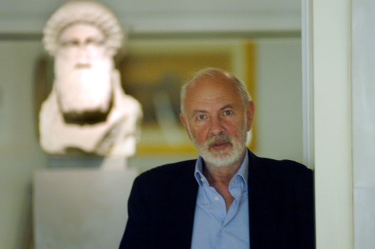 Angelos Delivorias, 1939-2018 : The man who opened museums to the people   tanea.gr