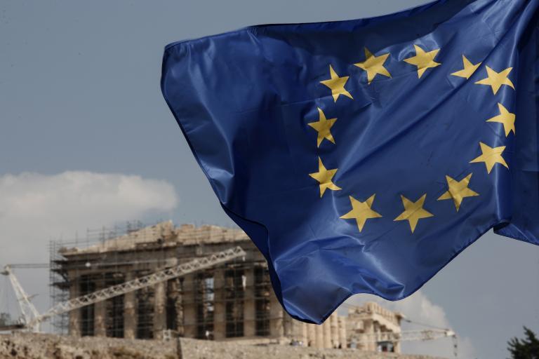 Handelsblatt: Η ελάφρυνση χρέους θα κοστίσει χρήμα και αξιοπιστία στην Ελλάδα | tanea.gr