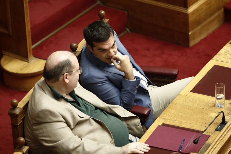 Former education minister throws down the gauntlet to Tsipras | tanea.gr