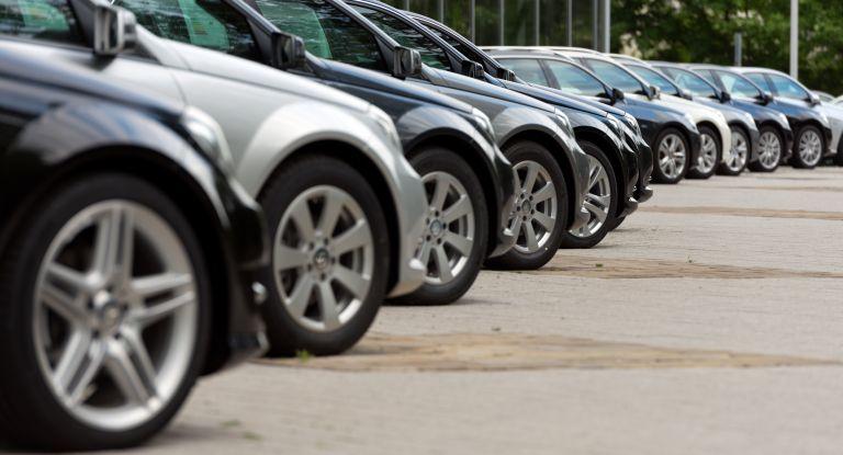Αστυνομική επιχείρηση για εξάρθρωση σπείρας που εξαπατούσε αγοραστές αυτοκινήτων | tanea.gr