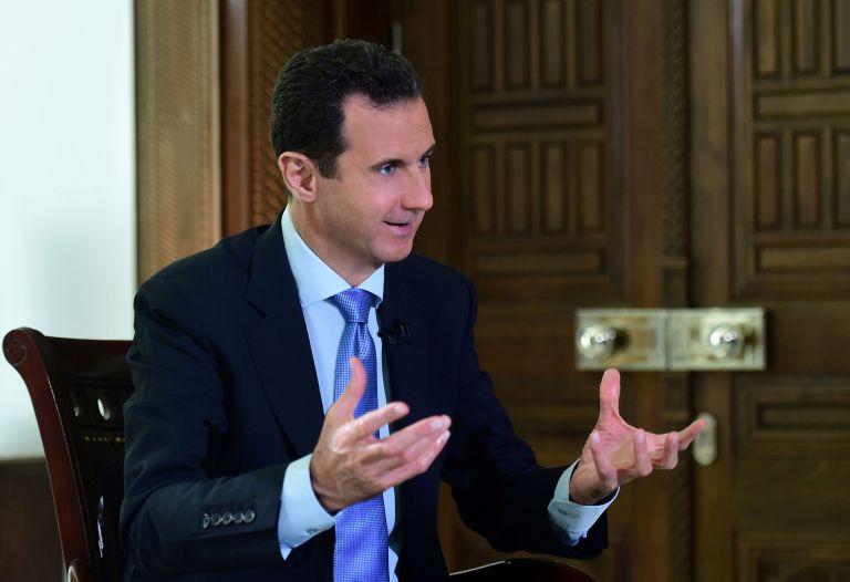Ο Ασαντ πάει… στη δουλειά λίγες ώρες μετά την επίθεση στη Συρία (βίντεο) | tanea.gr