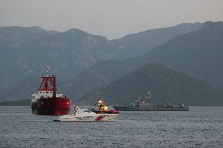 Turkish thriller: Alleged Gulenist imam arrested on Greek-flagged ship | tanea.gr