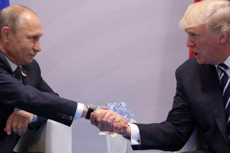 Συνάντηση στον Λευκό Οίκο είχε προτείνει ο Τραμπ στον Πούτιν | tanea.gr