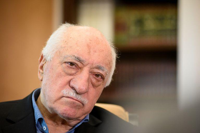 Διέταξαν τη σύλληψη Γκιουλέν για δολοφονία ρώσου πρεσβευτή | tanea.gr