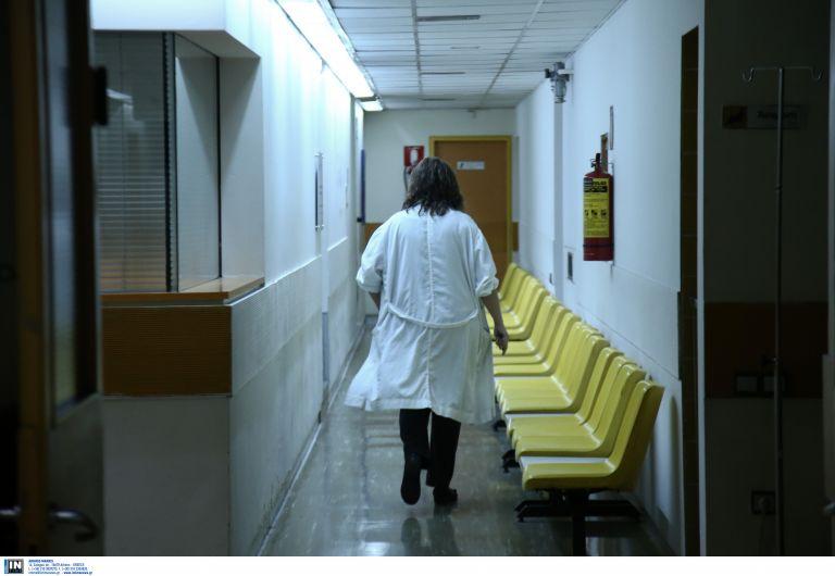 Θρίλερ με τις καταγγελίες ΠΟΕΔΗΝ για ξυλοδαρμό ιατρικού προσωπικού | tanea.gr