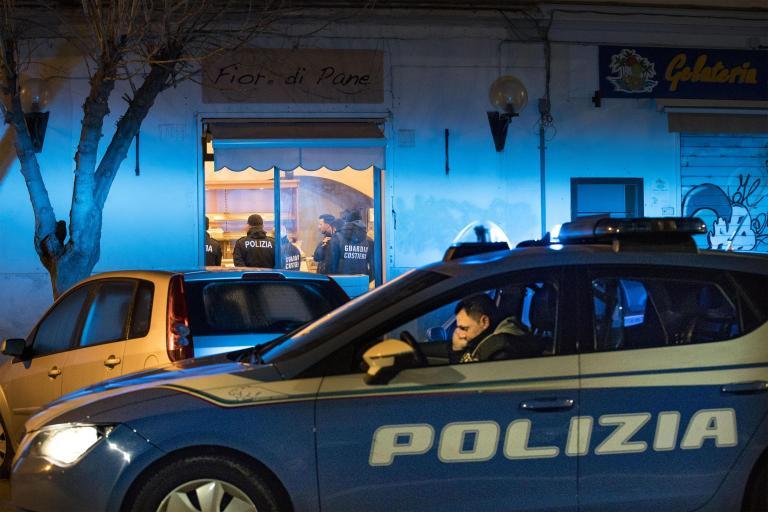 Είκοσι δύο συλλήψεις για μαφιόζικη δράση στη Σικελία | tanea.gr