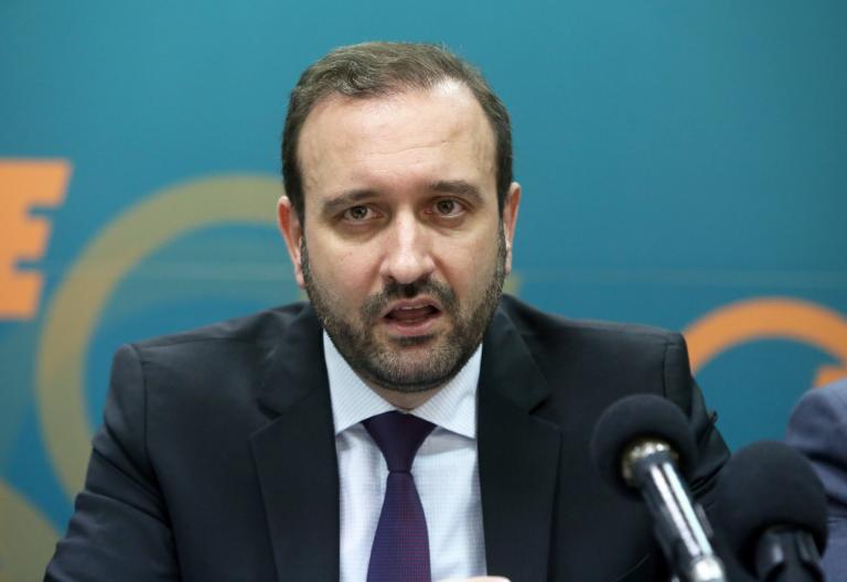 Ο.Ε.Ε.: Φόροι και εισφορές να είναι κάτω από 50% των εισοδημάτων των ελεύθερων επαγγελματιών | tanea.gr