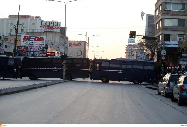 Θεσσαλονίκη: Συμπλοκή 40 αλλοδαπών λαθρεμπόρων στο κέντρο της πόλης! | tanea.gr