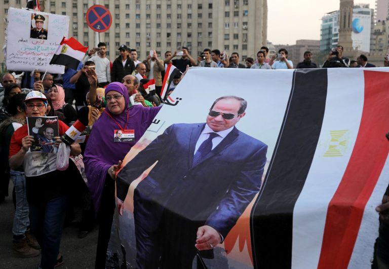 Αίγυπτος: Σύλληψη δημοσιογράφου για αναδημοσίευση άρθρου των New York Times | tanea.gr