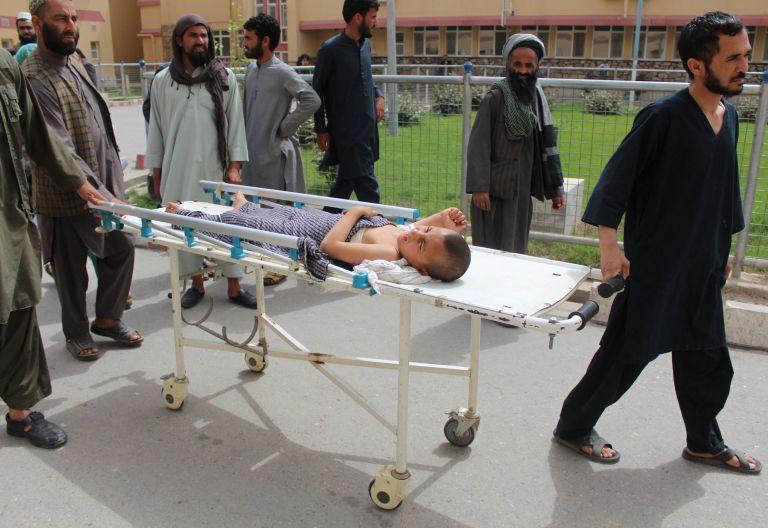 Αφγανιστάν: Για σφαγή αμάχων κατηγορείται η πολεμική αεροπορία | tanea.gr