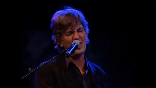 Πέθανε ο γάλλος τραγουδιστής Ζακ Ιζλάν | tanea.gr