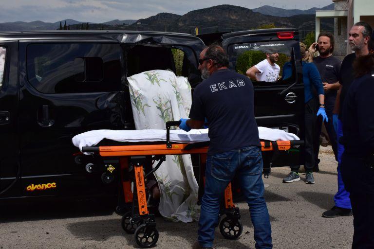 Αιματηρό τροχαίο στην Τήνο με δύο νεκρούς και έναν τραυματία | tanea.gr