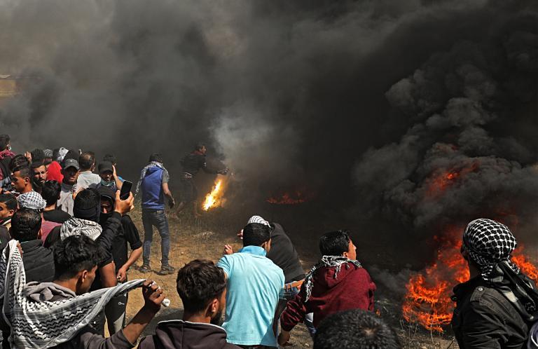 Τουλάχιστον επτά νεκροί και 400 τραυματίες από ισραηλινά πυρά | tanea.gr