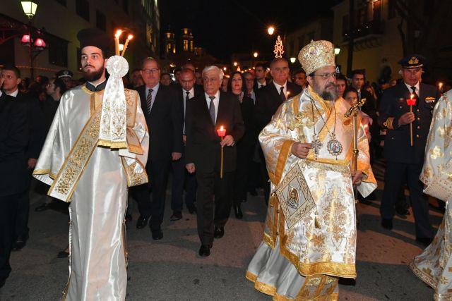 Καλαμάτα: Στον Επιτάφιο ο Πρόεδρος της Δημοκρατίας | tanea.gr