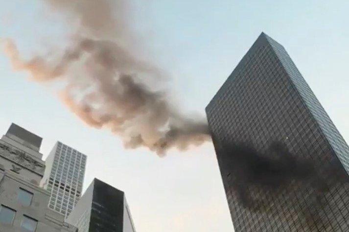 Φωτιά στον πύργο Τραμπ: Ενας νεκρός και τέσσερις τραυματίες   tanea.gr