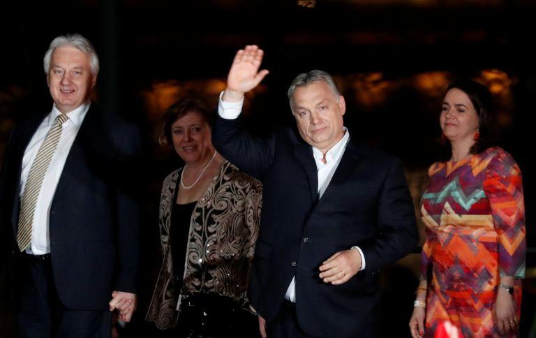 Πράγα και Βαρσοβία συγχαίρουν τον Βίκτορ Ορμπαν για τη νίκη του | tanea.gr