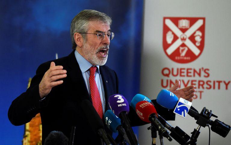 O Τζέρι Aνταμς υπεραμύνεται της ιρλανδικής ενότητας | tanea.gr