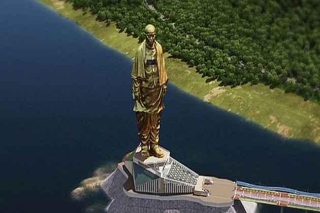Αγαλμα της Ενότητας: Τo ψηλότερο άγαλμα του κόσμου! | tanea.gr