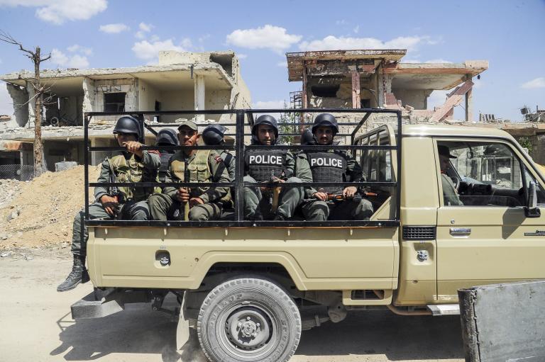 Συρία: Συγκρούσεις κυβερνητικού στρατού και ανταρτών στην Ντούμα | tanea.gr