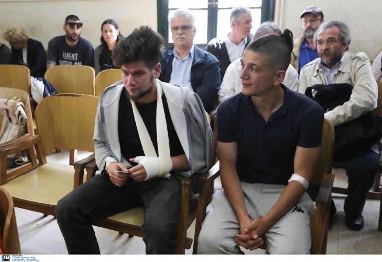 Ελεύθεροι οι συλληφθέντες για τα επεισόδια στο άγαλμα του Τρούμαν | tanea.gr