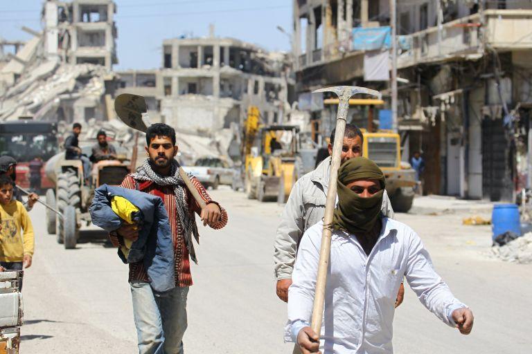 Συρία: Διορία 48ωρών στους αντάρτες του ΙΚ να εγκαταλείψουν τον καταυλισμό Γιαρμούκ | tanea.gr