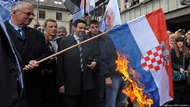 Σοβαρό επεισόδιο Κροατίας – Σερβίας για προσβολή σημαίας | tanea.gr