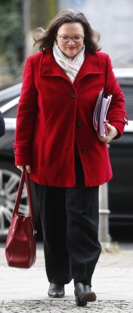 Οι Σοσιαλδημοκράτες εκλέγουν την πρώτη γυναίκα πρόεδρο | tanea.gr