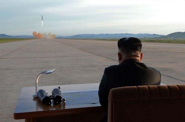 Κιμ: Σταματώ τις δοκιμές πυραύλων και πυρηνικών | tanea.gr