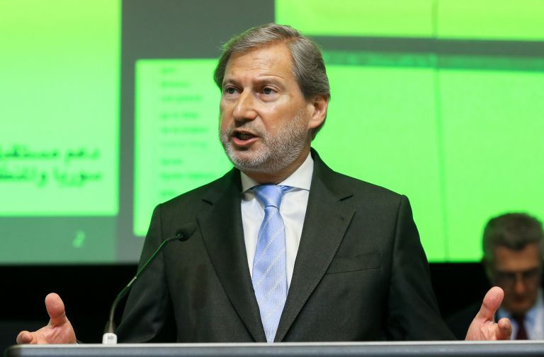Hahn expects FYROM solution in two weeks, new round of talks tomorrow | tanea.gr
