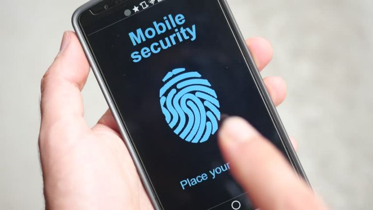 Η αστυνομία της Φλόριντα ξεκλείδωσε το κινητό νεκρού με το…δάχτυλό του | tanea.gr