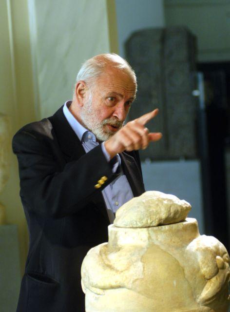 Ο άνθρωπος που άνοιξε τα μουσεία στο κοινό   tanea.gr