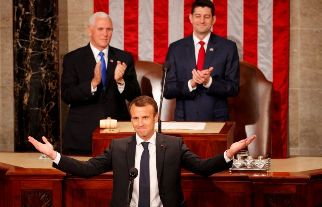 Αποθέωση Μακρόν μέσα στο Κογκρέσο των ΗΠΑ | tanea.gr